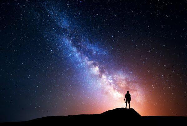 minikolcson csillagok augusztus