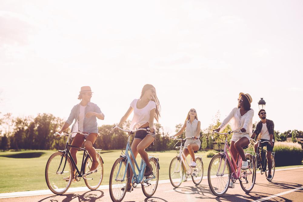 kerékpározó barátok minikölcsön